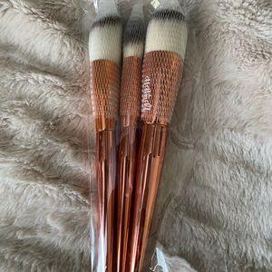 Alamar cosmetic complexion brush trio